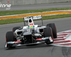 Pérez On the Curbs